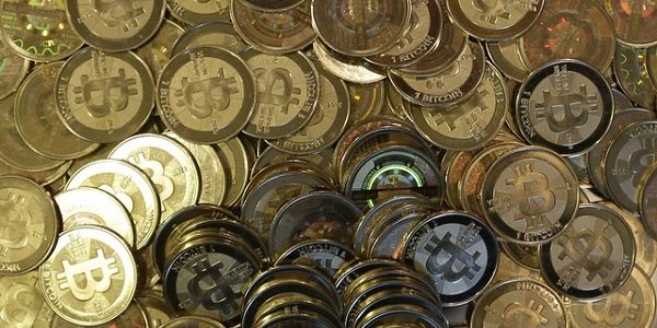 milionerzy bitcoin