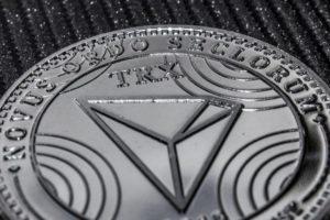srebrna moneta trx