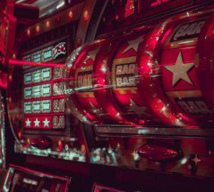 maszyna jednoręki bandyta w kasynie